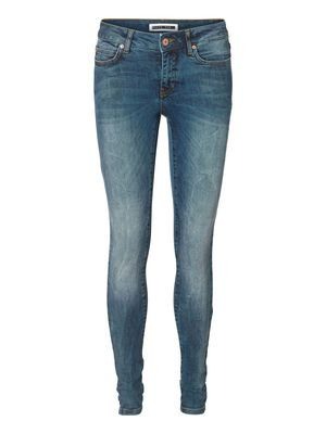 LUCY NW SLIM JEANS BA122 NM VERO MODA Holiday Countdown contest. Pin to win the style!