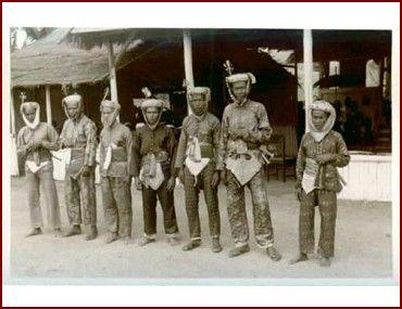 Sumbawa men - Nusa Tengbar