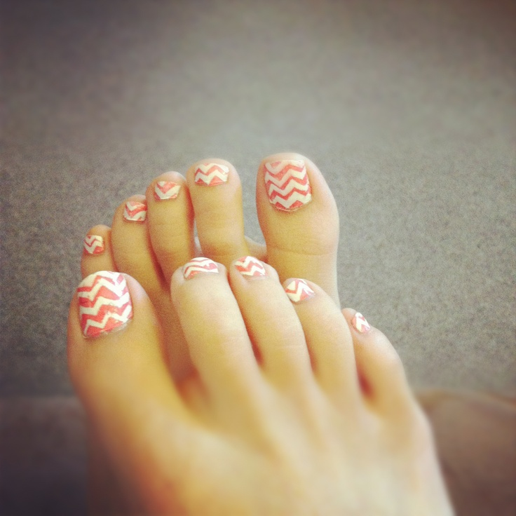 DIY chevron toe nails, first time trying it so it's a little messy. I think it came it okay