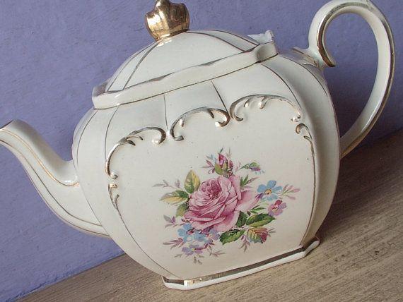 Vintage Engelse theepot, Sadler theepot, roze roos theepot met Engelse china theepot, antieke theepot, roze roos china, Engelse thee partij  Het is
