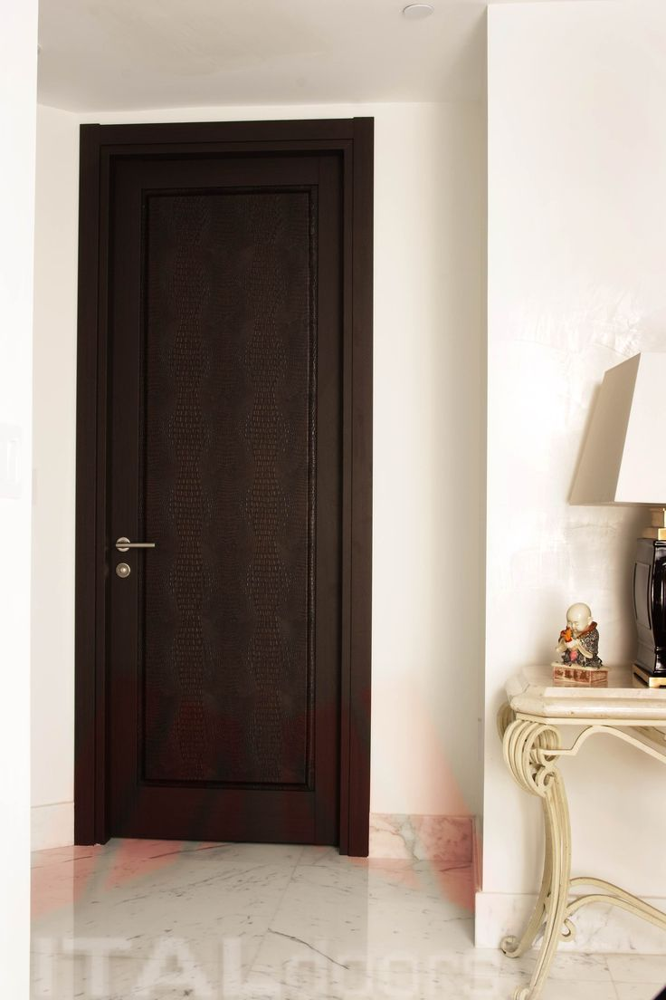 Bedroom Entry Door In Wenge/Crocodile Textile & Ital Doors Srl \u0026 Aluminium Corners For Windows And Doors In ... Pezcame.Com