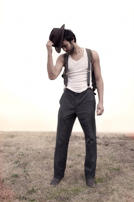 yes please  Alejandro Rose-Garcia, better known  as Shakey Graves ❤️