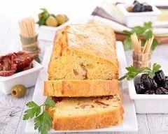 cake italien aux pommes de terre et olives vertes : http://www.cuisineaz.com/recettes/cake-italien-aux-pommes-de-terre-et-olives-vertes-69678.aspx