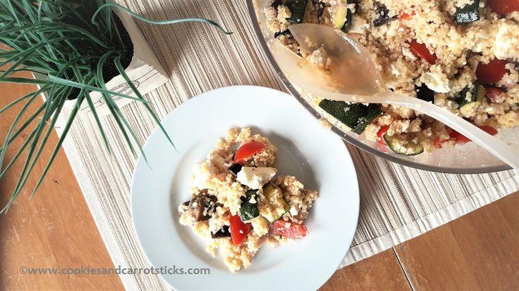 Couscoussalade met geroosterde groente - Eenvoudige ingrediënten, uitgesproken smaken. Perfect voor bij de barbecue of lunch/diner.