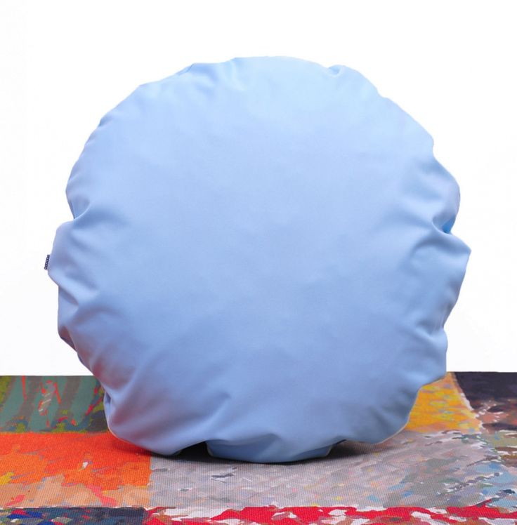 okrągła poduszka dekoracyjna PILLS light blue