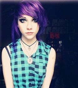 Really pretty purple indie scene hair <3