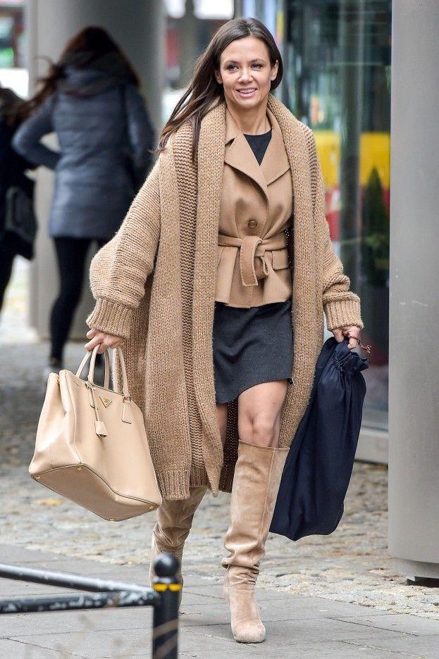 Kinga Rusin, mimo oficjalnej niechęci do paparazzi, celebruje swoje weekendowe wyjścia z Dzień Dobry TVN.…