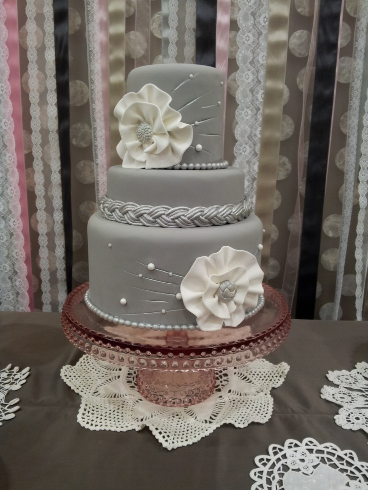 Grey Wedding Cakes Pearls