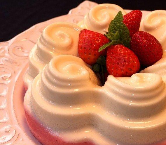 Flan de Fresas y Nata Postre San Valentin con Thermomix   Si quieres preparar un rico postre con tu Thermomix, hoy recetasdecocinayayi.info te trae algo especial, una rica Receta deFlan de Fresas y Nata, un receta para cualquier ocasión pero en especial para las fechas de San Valentin donde queremos impresionar a esa persona tan especial para nosotros.   #cocinafacil #cocina: #FLANDEFRESASYNATA #Rápida #rapidas #Receta #recetadecocina #recetafacil #recetafacil #rec