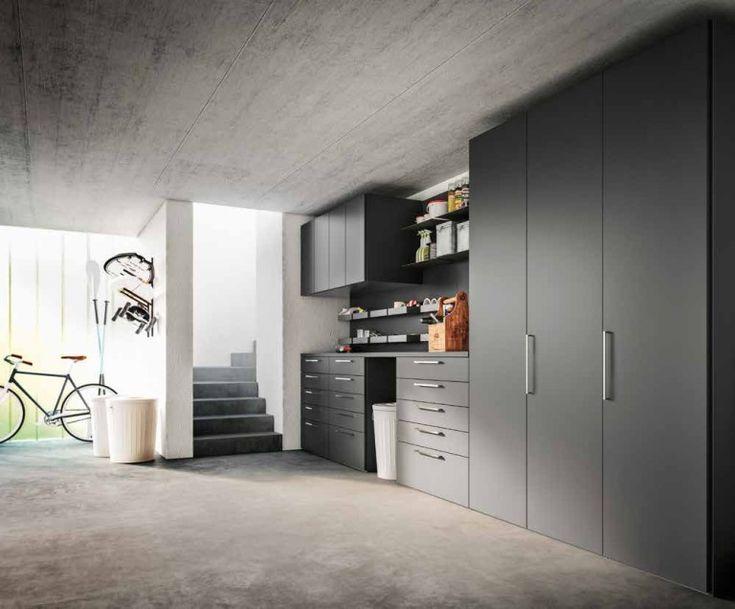armadio lavanderia grigio