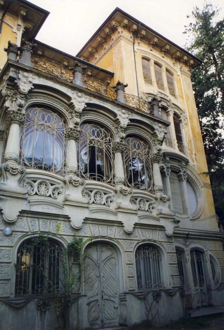 Villa Scott in Turin, Italy