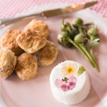 BUTTERMILK SCONES with Pansy Cheese