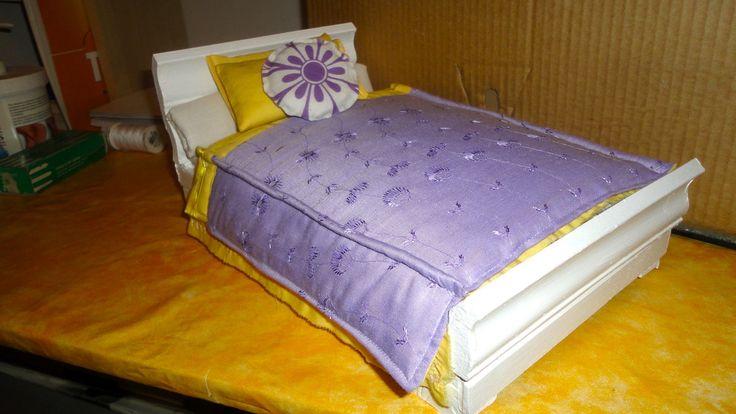 Bed for dollhouse