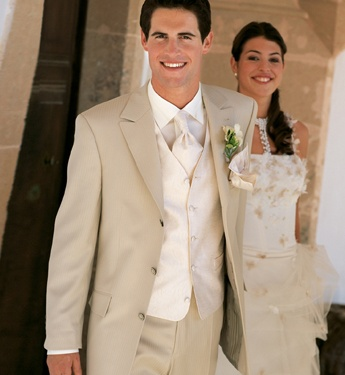 Gorgeous Groom outfit