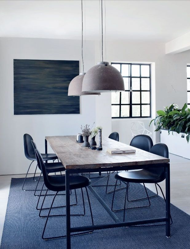 Danish dining room l Blue grey tones in dining room l Dining Room Inspiration l 10 Stylish Dining Rooms