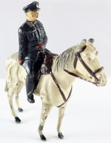 Timpo mounted policeman