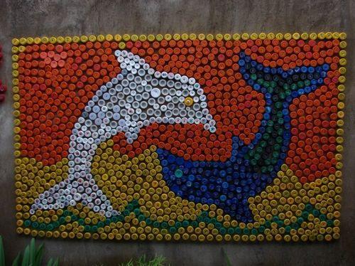 Tampinhas de Garrafa Pet transformada em Mosaico                                                                                                                                                                                 Mais