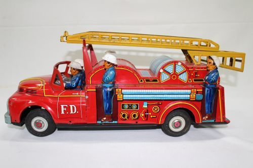 large tin plate fire engine with six firemen & extendable ladder, friction.... Click VISIT to find out more and see a wide range of Tin Plate Toys at MAD On Collections... Check us out on Facebook - https://www.facebook.com/Mad-on-Toys-1489499904472091/... Please feel free to pin or share this pin or any other content from MADonC.com. MADonC.com is for passionate collectors of all objects with 1000's of categories on view... #toys #tinplate #tinplatetoys