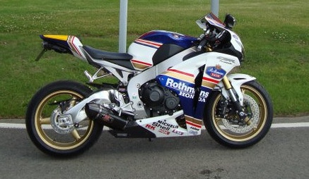 CBR 1000 RR in custom Rothmans Colours