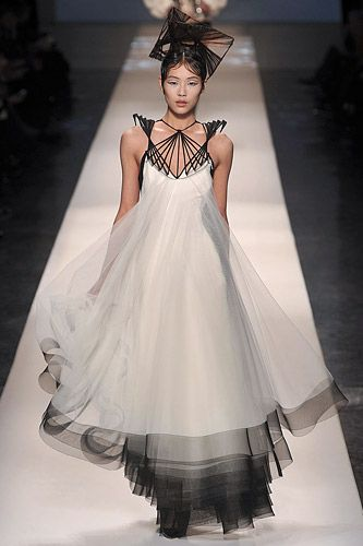 Gorgeous JP Gaultier Couture // Spring 2009 Collection  black & white & chic all over  - LR