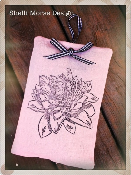 Linen lavender pouch - by ShelliMorseDesign on madeit