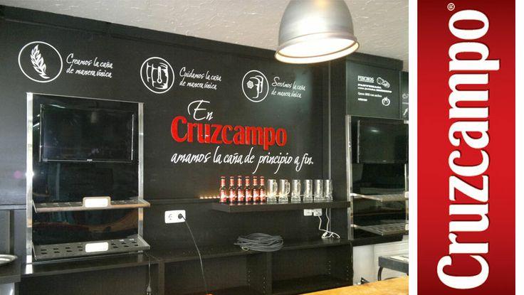 #Cruzcampo #baresMadrid #Diseño en #negro #Interiorismo #retail