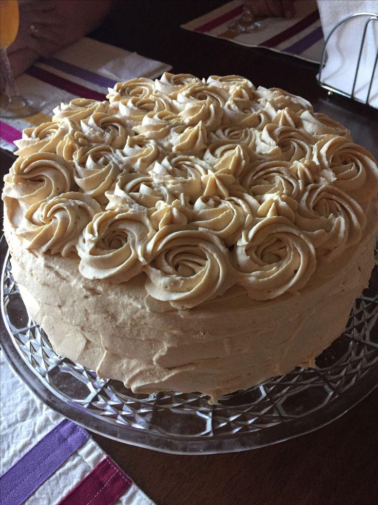 Torta de merengue-lucuma
