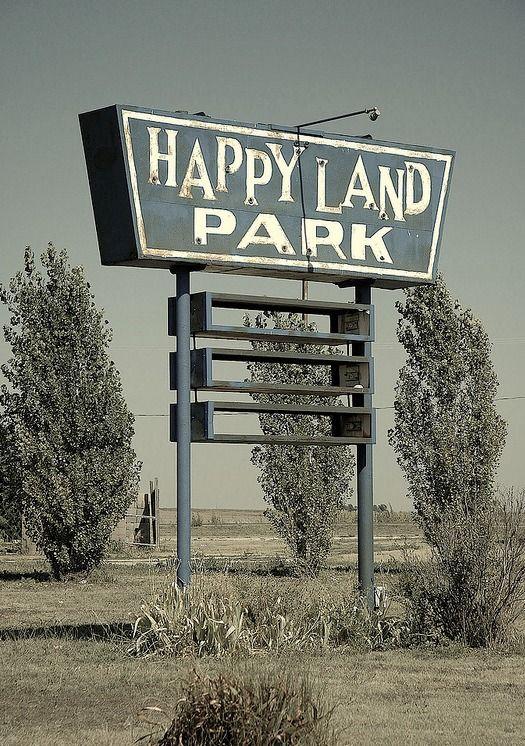 Happy Land Park. Doesn't look so happy to me. Lolalexandra erlhoff