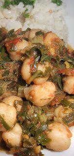 Vedisch veganistisch recept met spinazie, aubergine en kikkererwten