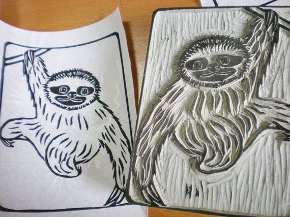 This is a hand carved stamp of a sloth. The size is 3 x 4 (7.62cm x 10.16cm).  This is a linoleum block stamp. Linoleum block stamps are different from rubber stamps. The best method to use linoleum block stamps is to roll ink by a roller and print. The best ink for linoleum stamps is