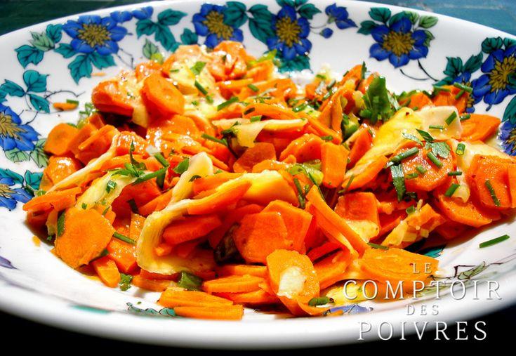 Salade mangue verte, carotte - Une recette originale du Comptoir des Poivres via @lcdpoivres