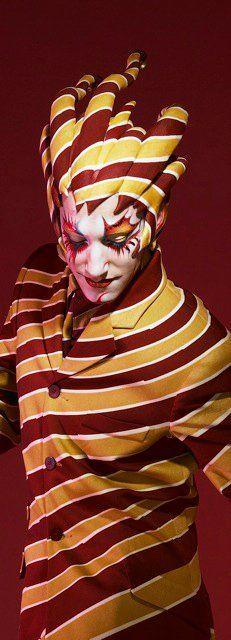 the trickster (Jason Berrent) in KOOZA
