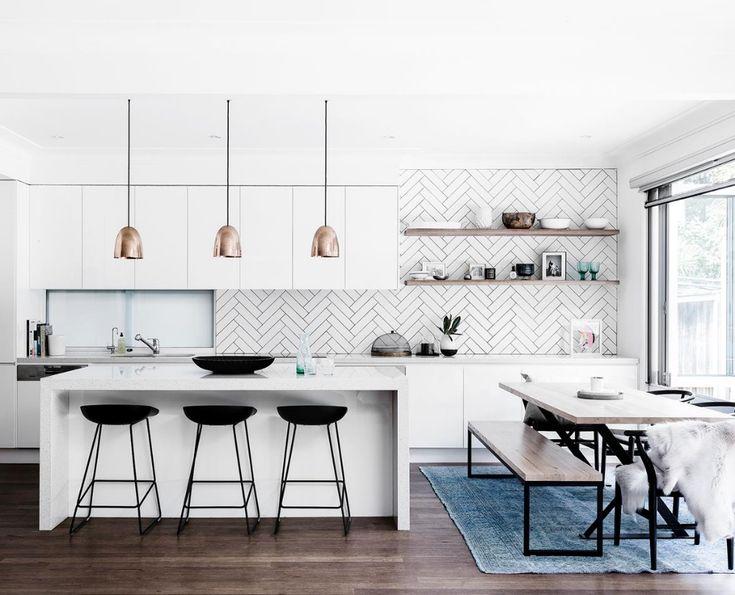 Stylist Kristin Rawson's minimalist coastal home
