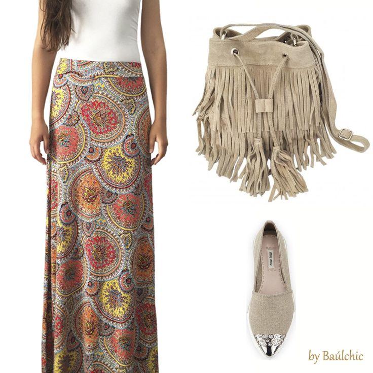 Renueva tu #falda larga con un estilo estampado llamativo que podrás lucir también en otoño, apostarás por un look muy chic y muy boho combinándolo con nuestro saco de flecos y todo en nuestro #bauldelujo de #NewCollections!!  http://www.baulchic.com/424new-collections/falda-estampada.html http://www.baulchic.com/442new-collections/saco-flecos-beige.html  #moda #estilo #modamujer #nuevascolecciones #tendencias #Baúlchic