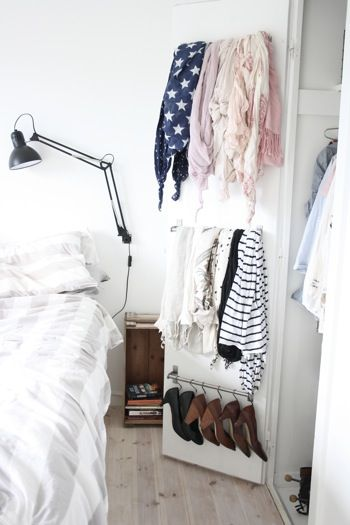 This is a really good idea for anyone who has a small closet. loved and pinned by http://omved.com/