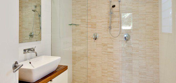 Oltre 25 fantastiche idee su piccolo spazio per il bagno - Spazio minimo per un bagno ...