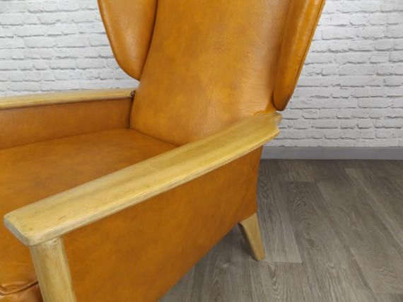 Vintage Pair of Parker Knoll Wingback Armchairs Mid by RetroFrank