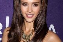 Jessica Alba Long Hairstyles Lovely Long Center parted Hairstyle ~ http://www.haircutsforwomen.biz/beautiful-short-haircuts-for-dating/