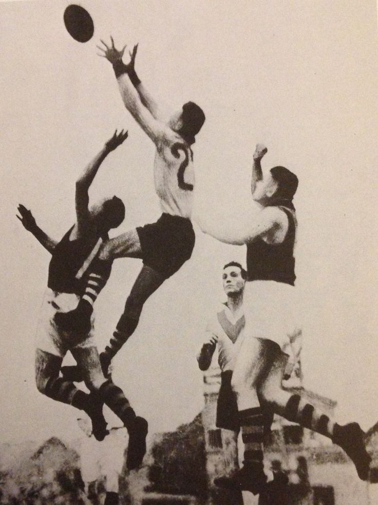 South Melbourne v Richmond 1934