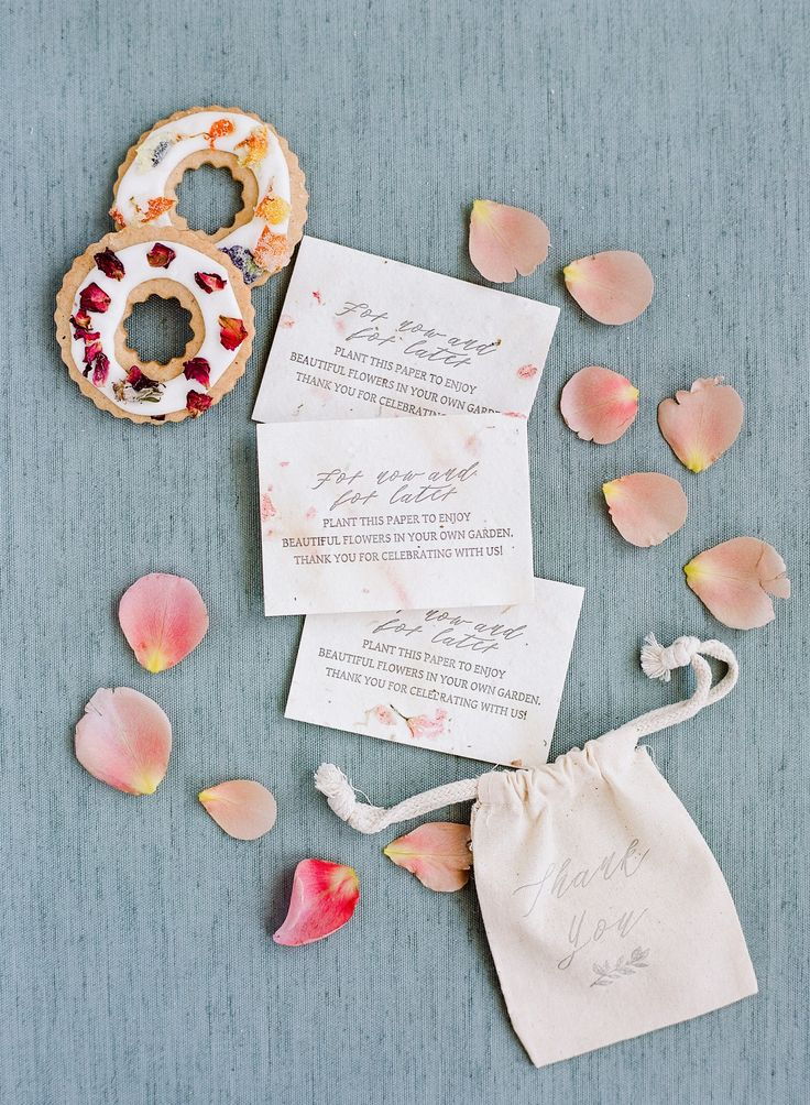 This Garden Party Wedding Had The Prettiest Flowers!