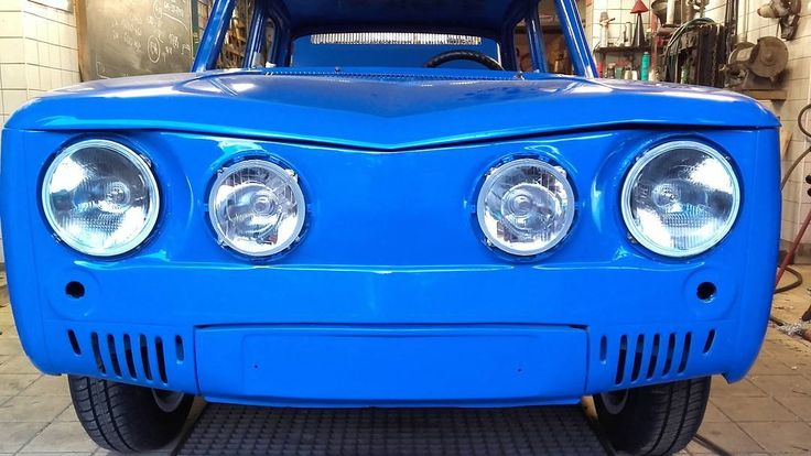 R8 Gordini - the lights are in!  #wroclovers #wroclove #igersworld #igerseurope #igerspoland #igerspolska #instagram #igers #instagramers #window #okno #instashot #photooftheday #wroclaw #wrocław #samsung #photo #renault #renault8 #renault8gordini #gordini #renault8 #vintage #racing #car #bilauto #restoration