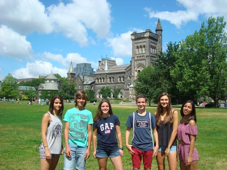 Grupo 2016     Trinity Toronto:  Programa perfecto para descubrir Canadá y su cultura.     El Trinity College es parte del campus de la Universidad de Toronto, en el corazón de la ciudad, cerca de muchas de sus populares atracciones. Toronto es la ciudad más grande de Canadá y el centro comercial, financiero, industrial y cultural de la nación.    #WeLoveBS #inglés #idiomas #Canadá #Ontario #Toronto