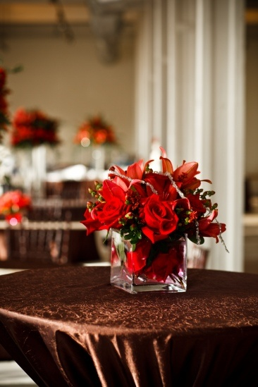 brown and red wedding - sort of same concept, simple centerpieces