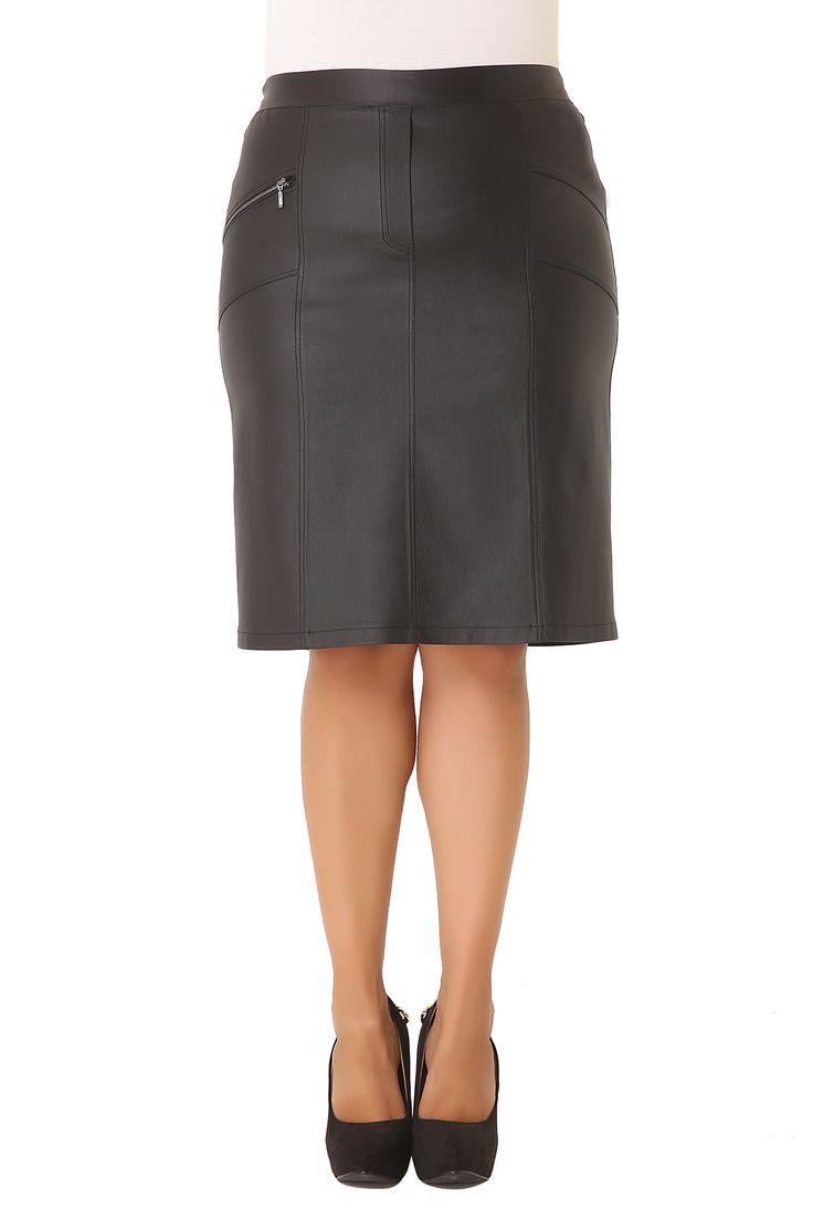 Falda elástica con acabado efecto cuero - FALDAS - ROPA | Parabita