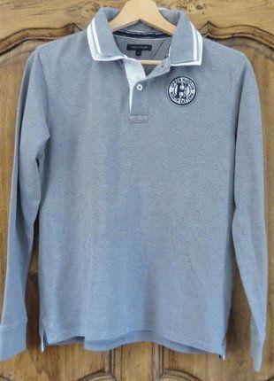 À vendre sur #vintedfrance ! http://www.vinted.fr/mode-enfants/chemises-et-t-shirts/25460445-polo-manches-longues-comme-neuf