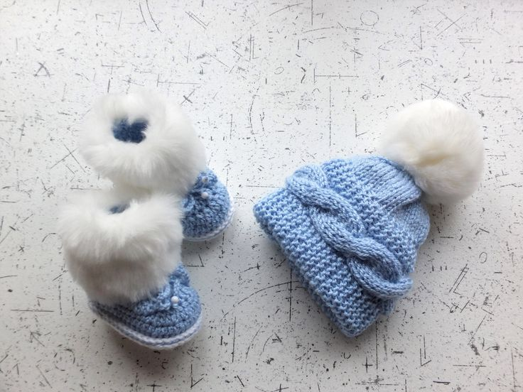 Baby blue boy hat and Booties set - Baby Hat and faux fur Booties - Baby winter clothes - Hat with fur pom pom - Faux fur booties by HandmadebyInese on Etsy