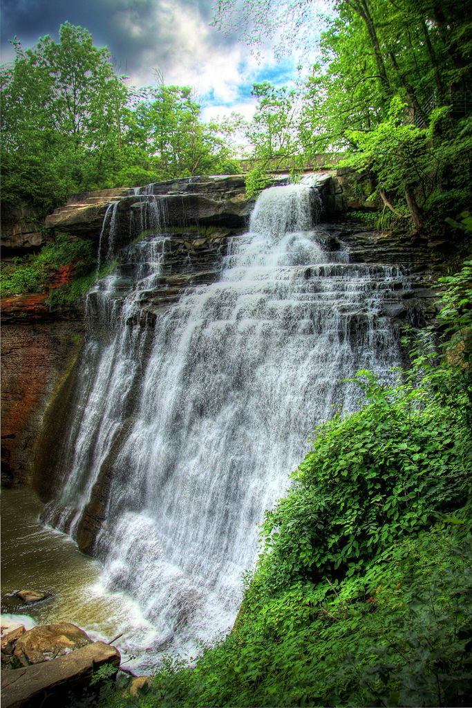 1) Brandywine Falls: Within Cuyahoga National Park hides a waterfall that could fool both Ohio native and visitor alike into thinking that they've temporarily stepped foot into a fairytale.