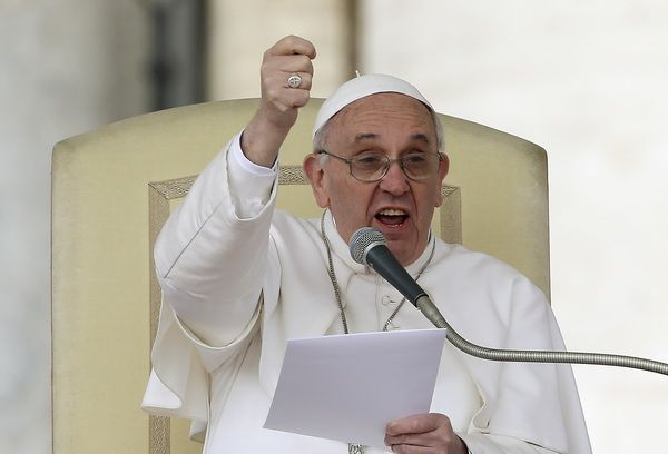 Ferenc pápa: meg kell szüntetni a keresztények elleni igazságtalanságokat - http://hjb.hu/ferenc-papa-meg-kell-szuntetni-a-keresztenyek-elleni-igazsagtalansagokat.html/