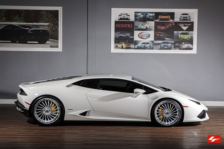 lexani forged wheels lf 712 in brushed with chrome lip on a lamborghini huracan http www. Black Bedroom Furniture Sets. Home Design Ideas