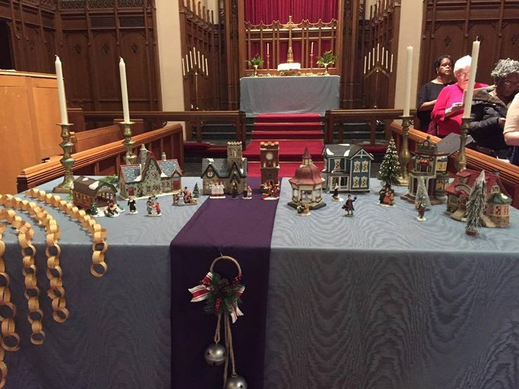 from Jill Hardt Zundell at Central UMC in Detroit! Gold chains... Victorian village set, bells on the front runner... wonderful!